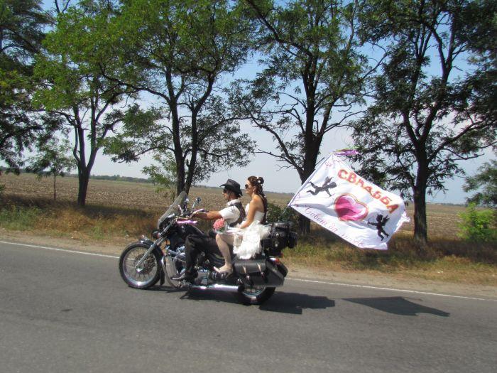 В Мариуполе сегодня отгуляли байкерскую свадьбу (ФОТО), фото-6