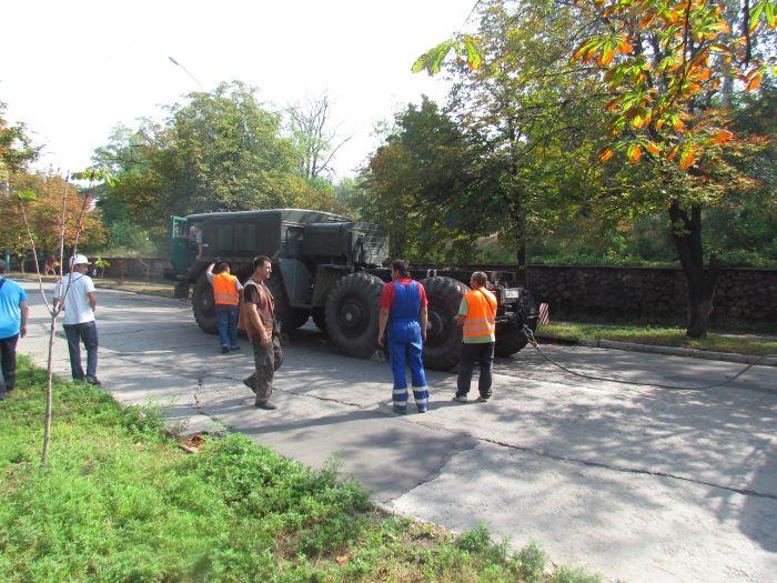 В Мариуполе большегруз с «негабаритом» парализовал движение транспорта (ФОТО+ВИДЕО), фото-12