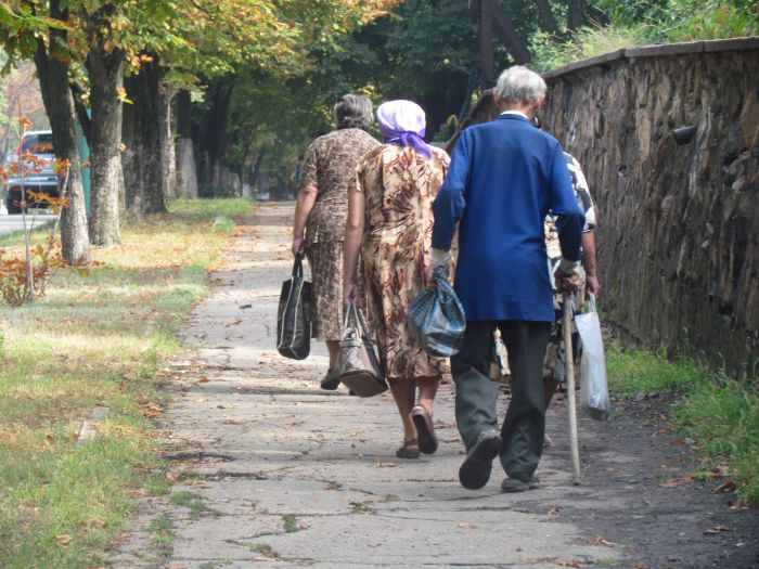 В Мариуполе большегруз с «негабаритом» парализовал движение транспорта (ФОТО+ВИДЕО), фото-7