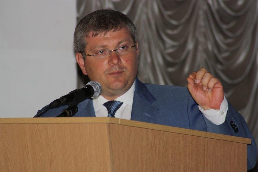 Бигборд с бабушкой испугал днепропетровского губернатора? (ФОТО), фото-1