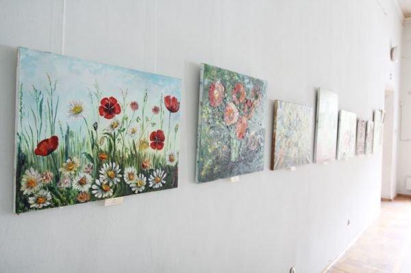 В Симферополе художница из Луганщины показала «Дорогу к себе» (фото), фото-3
