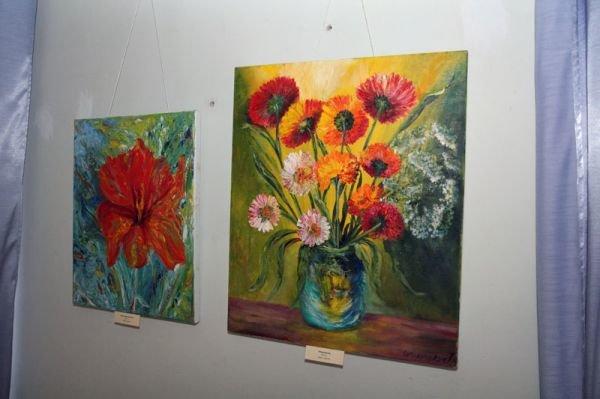 В Симферополе художница из Луганщины показала «Дорогу к себе» (фото), фото-1