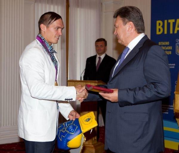Янукович в Крыму чествовал олимпийских чемпионов (фото), фото-2