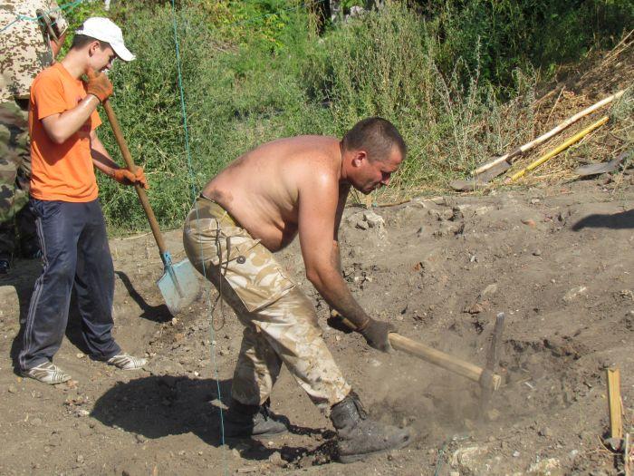 В  Мариуполе возобновлены раскопки старинной казацкой крепости (ФОТО), фото-4