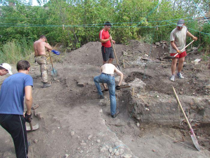 В  Мариуполе возобновлены раскопки старинной казацкой крепости (ФОТО), фото-2