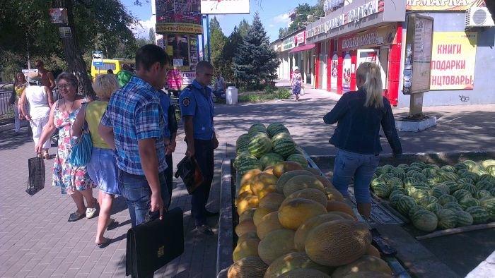 В Мариуполе сквер одержал победу над малым бизнесом (ФОТО), фото-4