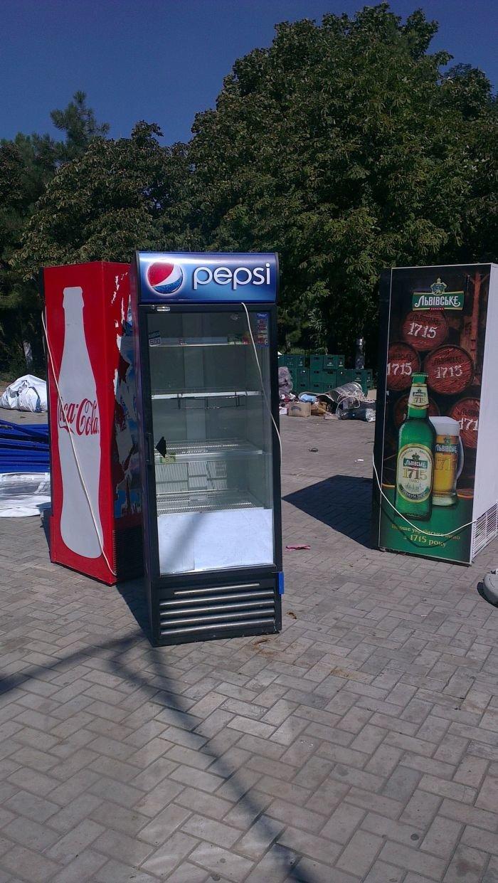 В Мариуполе сквер одержал победу над малым бизнесом (ФОТО), фото-8