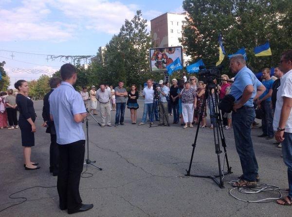 Ноу-хау: Регионалы на Одесщине изгоняли оппозицию ...мультиками (фото), фото-1