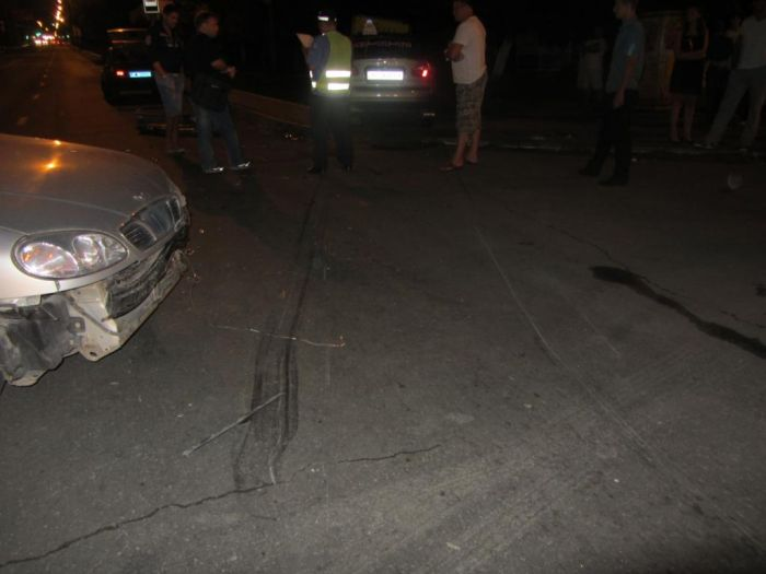 В Мариуполе выясняли отношения два «запорожца», а пострадала девушка (ФОТО), фото-1