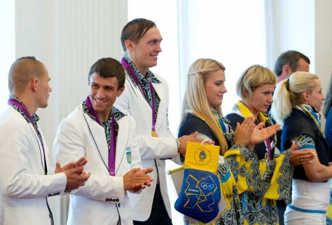 Янукович наградил мариупольских олимпийцев орденами (ФОТО), фото-3