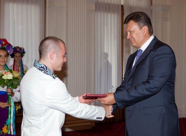 Янукович наградил мариупольских олимпийцев орденами (ФОТО), фото-2