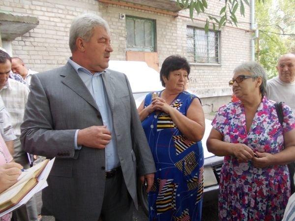 Артемовцы решили бороться с ЖЭКом с помощью городских властей и прокуратуры, фото-6