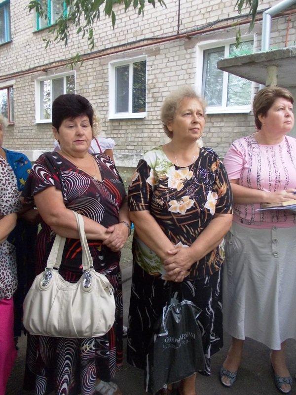 Артемовцы решили бороться с ЖЭКом с помощью городских властей и прокуратуры, фото-3