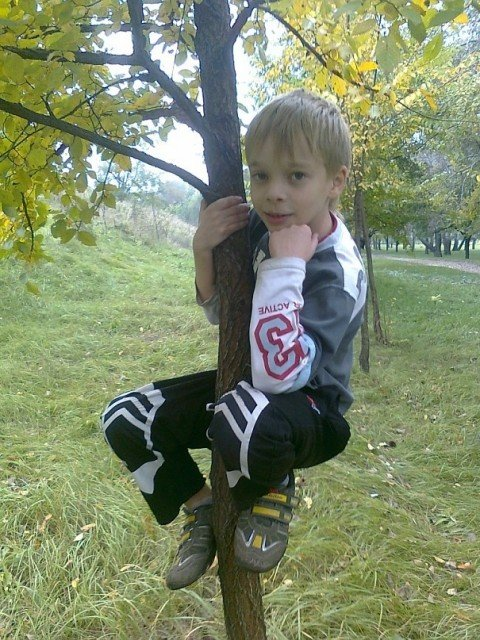 Маленькому Руслану из Мариуполя, которого  сбил металловоз, необходима операция на головном мозге (ФОТО), фото-2