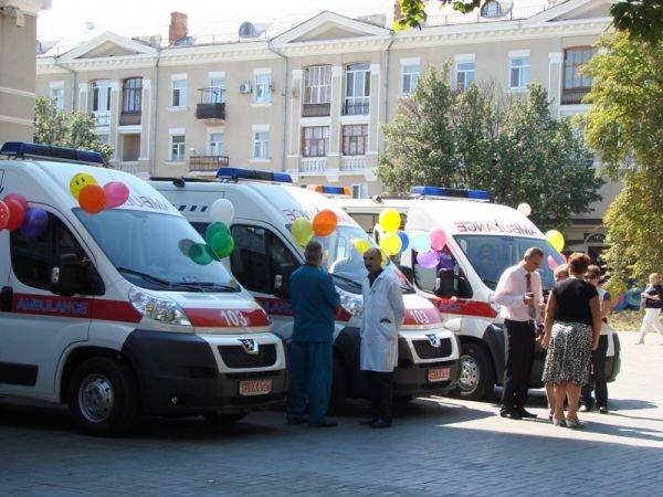 Артемовск получил новые современные реанимобили для «скорой» (ВИДЕО), фото-2