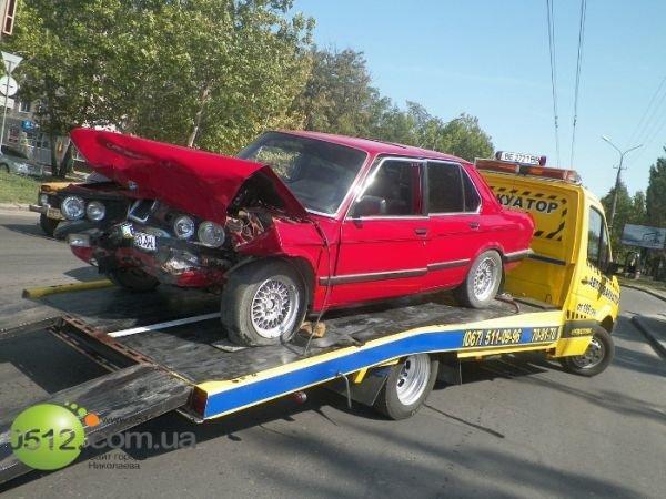 В Николаеве столкнулись три автомобиля (ФОТО), фото-4