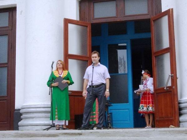 Артемовск: ко Дню независимости «Цветмет» поощрял жителей микрорайона, фото-3
