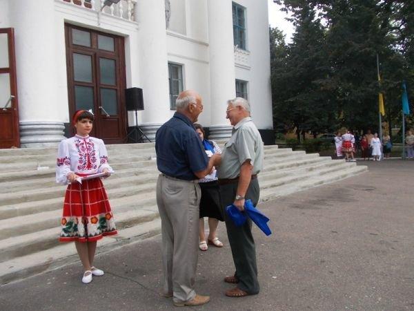 Артемовск: ко Дню независимости «Цветмет» поощрял жителей микрорайона, фото-7