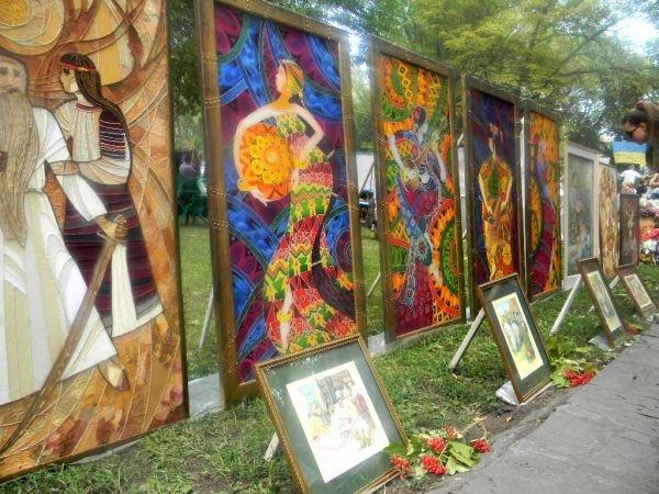 На День Независимости в Кривом Роге выбирали «Мисс Украиночку» (ФОТО), фото-8