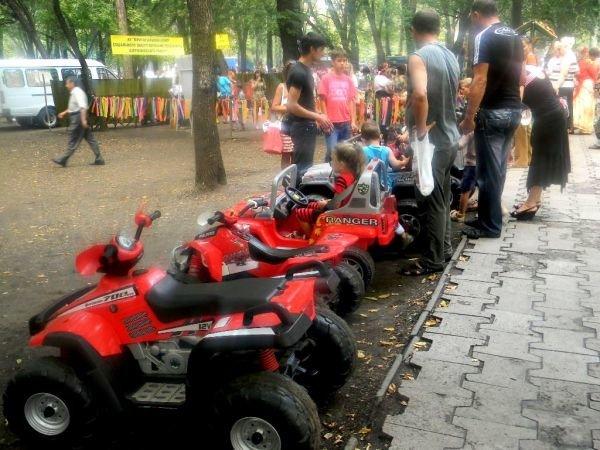 Как День Независимости по карману бьет, или Сколько стоит в Кривом Роге в парке погулять (ФОТО), фото-10