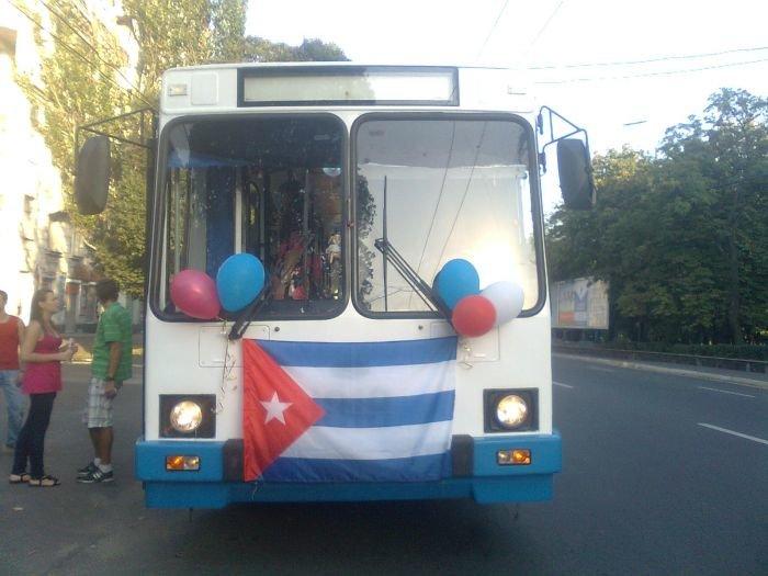 Троллейбус 2