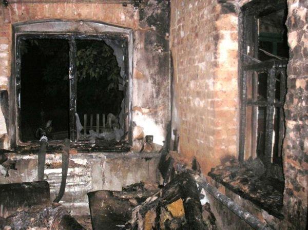 В Запорожской области парень вынес из пожара соседского 8-месячного малыша (ФОТО), фото-1