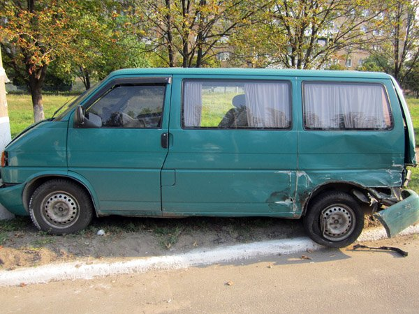 В Горловке уснувший за рулём водитель спровоцировал серьёзную аварию (ФОТО), фото-3