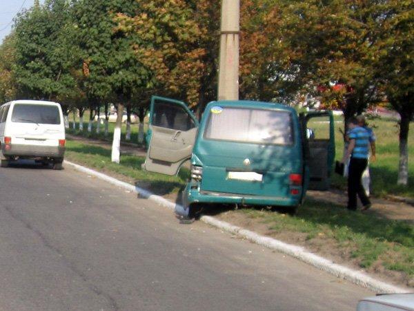 В Горловке уснувший за рулём водитель спровоцировал серьёзную аварию (ФОТО), фото-2
