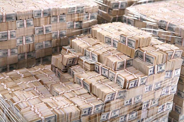 millions_of_dollars_03