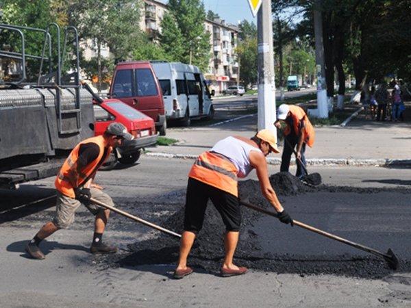 ГП «Донецкий облавтодор» принял на баланс 12,6 км горловских дорог, фото-1