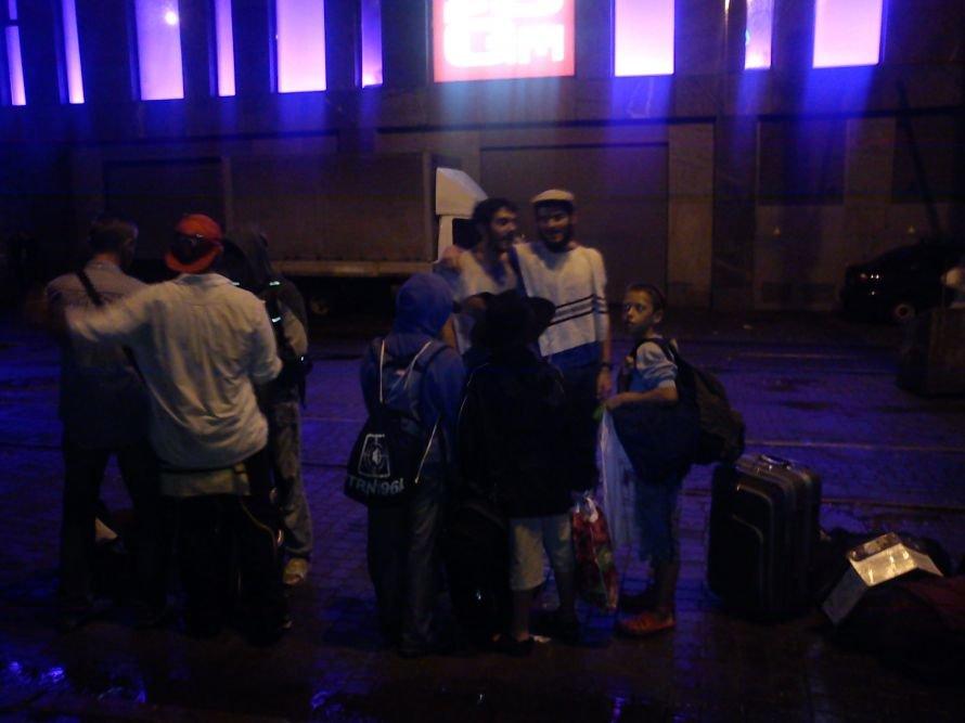 Дело - в шляпе! В Днепропетровске «корреспондент CNN» наехал на репортера 056.ua (ФОТО), фото-1