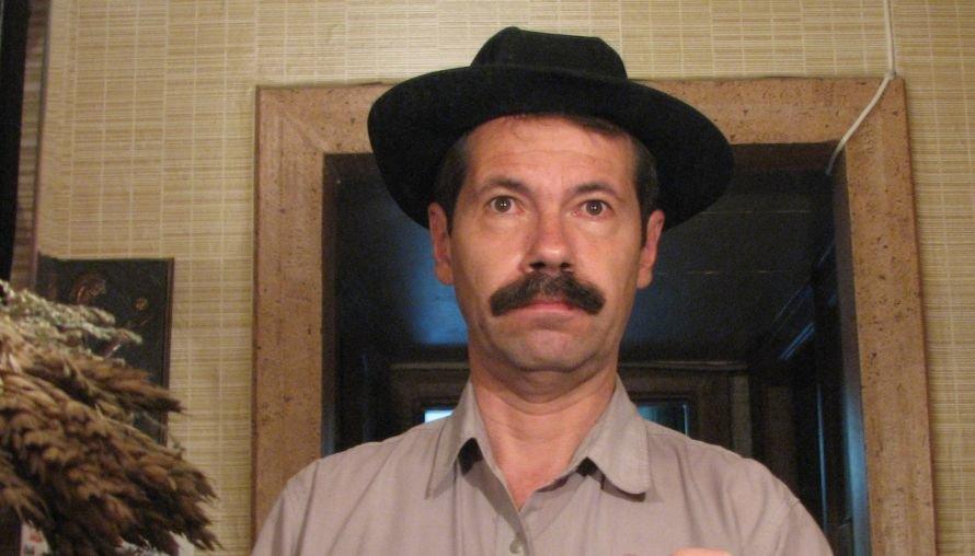 В_шляпе