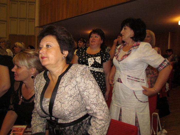 Мариупольским учителям обещают поднять зарплату (ФОТО), фото-7