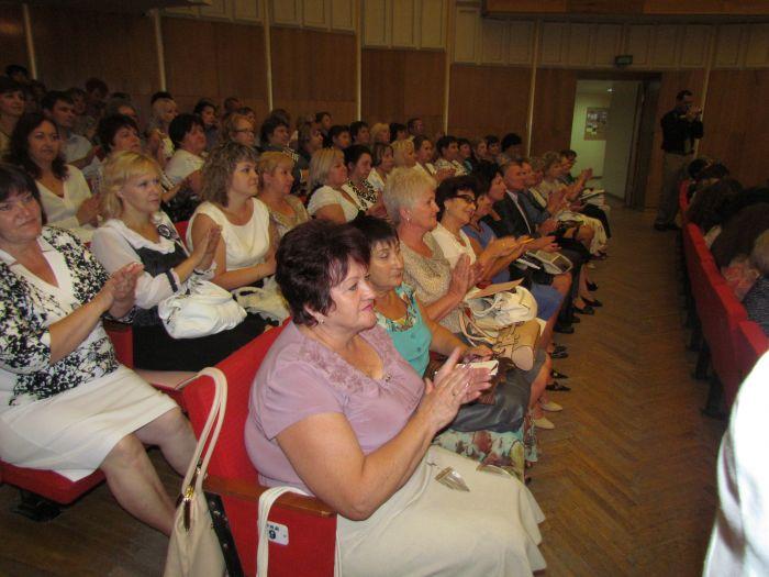 Мариупольским учителям обещают поднять зарплату (ФОТО), фото-9