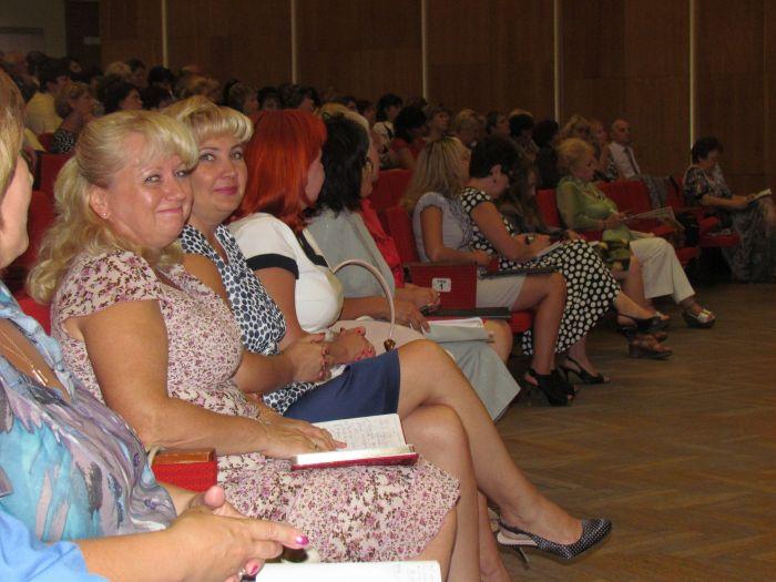 Мариупольским учителям обещают поднять зарплату (ФОТО), фото-10