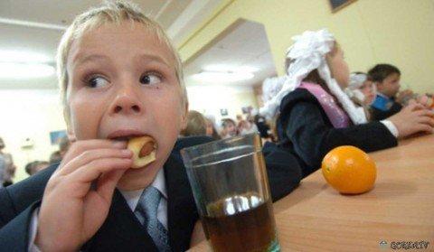Мариупольских школьников недокармливают , фото-1