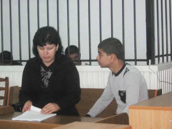 На суде над убийцами Александра Белого малолетний преступник довел своего адвоката до слез, фото-2