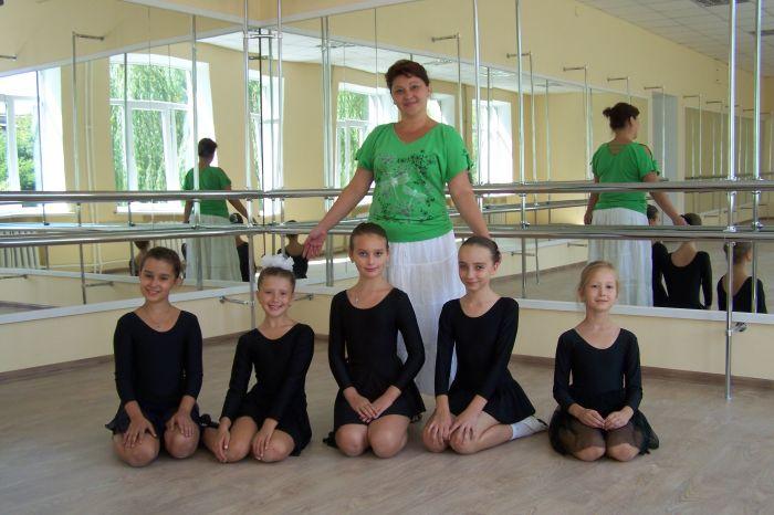 Мариупольской детворе подарили два новых танцевальных класса (ФОТО), фото-1