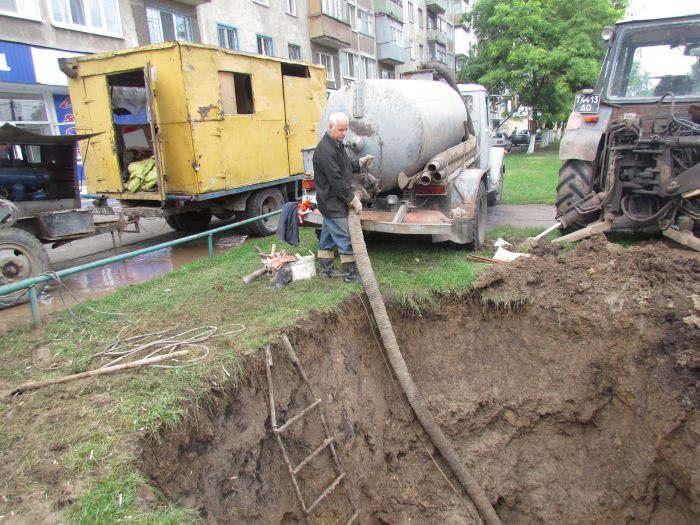 В Мариуполе ограничили подачу воды (ФОТО), фото-4