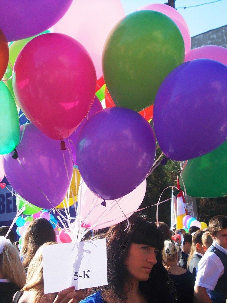 Предвыборное волшебство: первый звонок в одесской школе превратился в бенефис Труханова (Фото) (фото) - фото 10