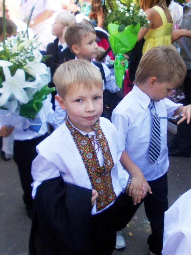 Предвыборное волшебство: первый звонок в одесской школе превратился в бенефис Труханова (Фото) (фото) - фото 7