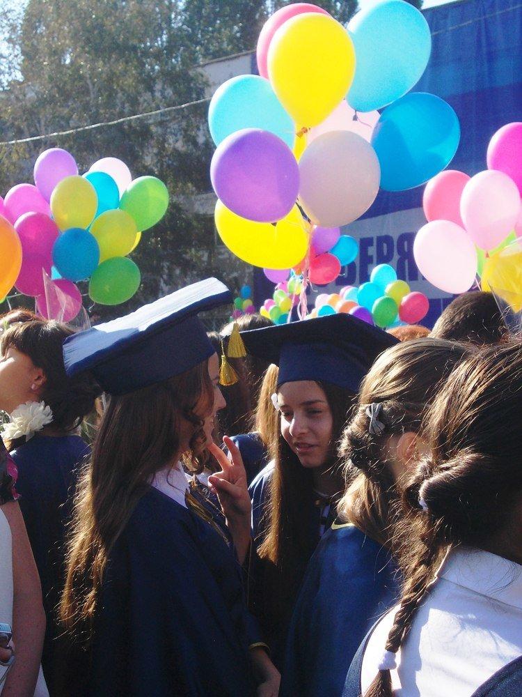 Предвыборное волшебство: первый звонок в одесской школе превратился в бенефис Труханова (Фото) (фото) - фото 8