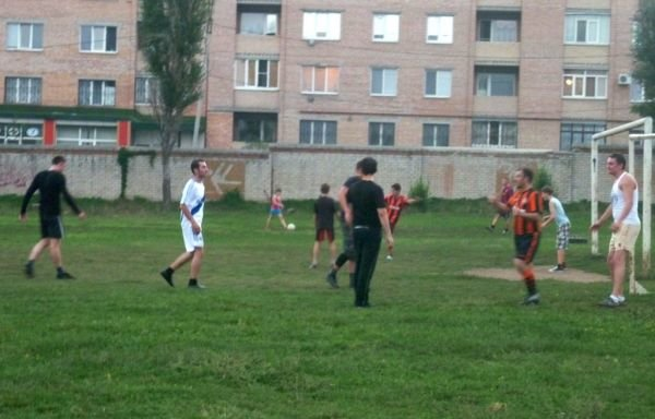 Артемовск: «Беллона» провела интернациональный футбольный матч, фото-1