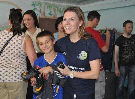 Мариупольский «Пилигрим» посетило 33 волонтера из Англии (ФОТО), фото-8