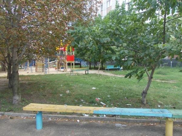 Артемовские многоэтажки отказываются от содержания детских площадок. Их собираются демонтировать и переносить, фото-6