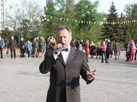 Мариупольскому вокалисту Сергею Слюсаренко оказывают помощь всем миром , фото-1