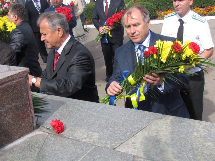 В Мариуполе отметили  69-ую годовщину  освобождения города от немецко-фашистских захватчиков   (ФОТО), фото-13