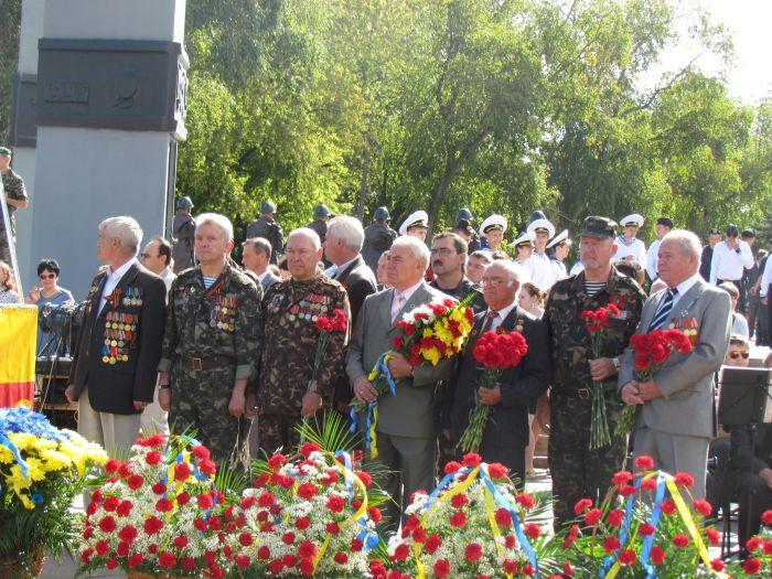 В Мариуполе отметили  69-ую годовщину  освобождения города от немецко-фашистских захватчиков   (ФОТО), фото-6