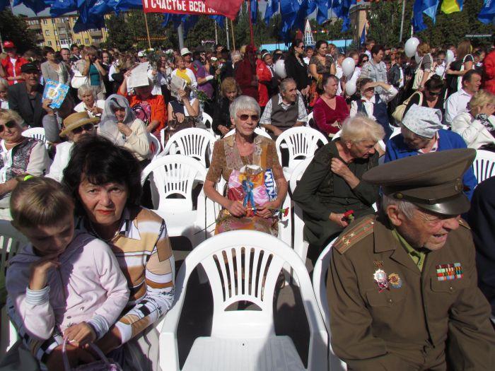 В Мариуполе отметили  69-ую годовщину  освобождения города от немецко-фашистских захватчиков   (ФОТО), фото-9