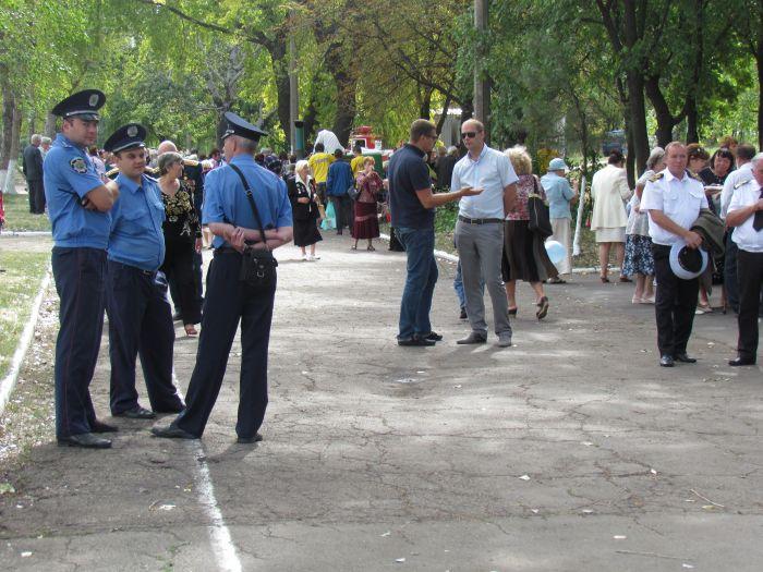 В Мариуполе в  честь  Дня  освобождения наварили каши на 3000  человек (ФОТО), фото-2